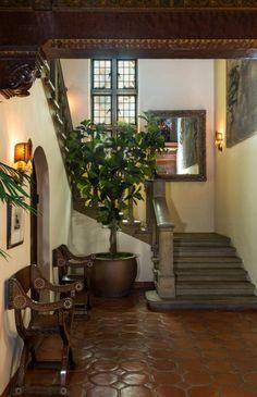 Photos: Antonio Banderas And Melanie Griffithu0027s $16.1M Mansion In Los  Angelesu0027 Hancock Park