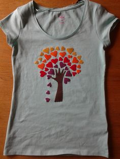 camiseta amb arbre de cors per na Lida i na Lina