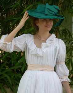 """Chemise a la Reine from """"The Fashionable Past"""""""