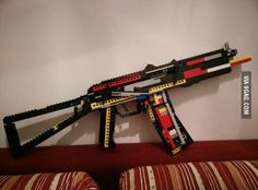 Just wanted to show you my working LEGO gun that can shoot LEGO bricks - From 62 Stunning Lego pics, photos and memes. - SillyCool