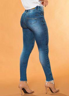 6f32c8f94 As 8 melhores imagens em Sawary jeans | Shop windows, Do it yourself ...