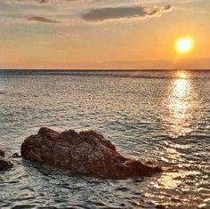 Sunset from Bonassola La Spezia Liguria Italy  #Liguria #Italy #liguria_bestsunset #myliguria #igfriends_liguria #volgoliguria #volgolaspezia #ig_liguria #ig_liguria_ #sunset #sunsets #super_photosunsets #bestsunsets #sunset_madness #sunsetlovers #bns_sunset #set2rise #wondercaptures #ig_great_pics #igsunset by davide_biggi
