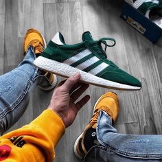 adidas Originals Iniki Runner: Forest Green