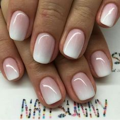 Semi-permanent varnish, false nails, patches: which manicure to choose? - My Nails Wedding Day Nails, Bridal Nails, How To Do Nails, Fun Nails, Nagellack Trends, Dipped Nails, Nagel Gel, French Nails, Natural Nails