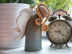 anděl Berta Keramický ručně modelovaný zvonek glazovaný barvami s efekty.pěkný dárek pro každou příležitost. výška...14,5cm