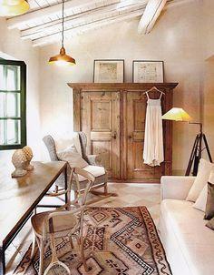 Il Settecento freme in villa - Quin Living Room Designs, Living Room Decor, Living Spaces, French Country House, French Country Decorating, Country Homes, Interior Decorating, Interior Design, Home Fashion