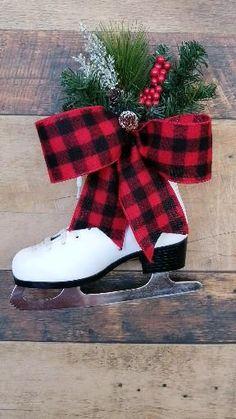 Halloween Projects, Diy Halloween Decorations, Fall Halloween, Christmas Decorations, Holiday Decor, Plaid Christmas, Christmas Wreaths, Christmas Crafts, Christmas Ornaments