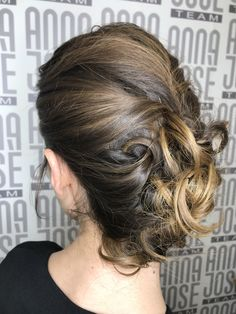 Acconciatura Hair Updo, Up Hairstyles, Updos, Anna, Long Hair Styles, Beauty, Fashion, Hair Dos, Beleza