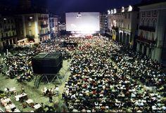 68. Festival del film Locarno  5 - 15 agosto 2015  Da oltre 60 anni, il Festival del Film trasforma la città sul Verbano nella capitale svizzera del cinema.