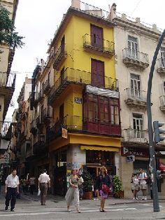 Valencia without the Oranges | Nomadic Matts Travel Site