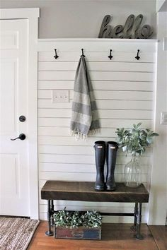 Farmhouse Foyer Bench Entry Ways Ideas You are in the right place about country farmhouse decor hobby lobby Here we offer you the most beautiful pictures about the rustic country farmhouse decor y Cheap Home Decor, Diy Home Decor, Room Decor, Wall Decor, Decor Crafts, Wall Art, Country Decor, Farmhouse Decor, Farmhouse Small