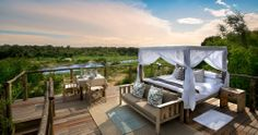 Sleep over in Tinyeleti Tree House for the ultimate safari experience in Sabi Sands