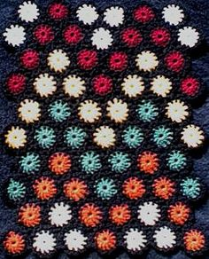 Zig-Zag Yo-Yo Pattern  A small section of the afghan is pictured  by Priscilla Hewitt ©2000