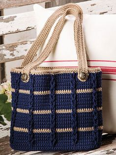 Anchors Aweigh Tote in Sinfonia by Kathy Olivarez in Crochet! magazine Anchors Aweigh Tote pattern by Kathy Olivarez, Crochet Patterns - Design is maCrochet Accessory Patterns - Design is made using 2 skeins of Navy and 1 skein of Khaki DK-weight Ome Mode Crochet, Crochet Shell Stitch, Bead Crochet, Crochet Crafts, Crochet Stitches, Crochet Hooks, Tunisian Crochet, Filet Crochet, Diy Crochet