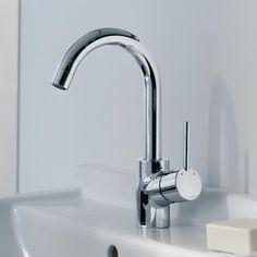Hansgrohe Talis S: Schön geschwungen und praktisch präsentiert sich die Talis S Einhebel-Waschtischarmatur: Der Auslauf ist um 360° schwenkbar, sodass Sie auf maximale Flexibilität am Waschtisch setzen können – z.B. wenn sie Wäsche von Hand waschen möchten. Die enthaltene Zugstangen-Ablaufgarnitur ermöglicht es Ihnen, den Waschtisch bequem zu verschließen, um Wasser zu stauen. Die Maximaltemperatur des Wassers, das aus der Armatur strömen soll, können Sie im Vorhinein bestimmen. #reuterde