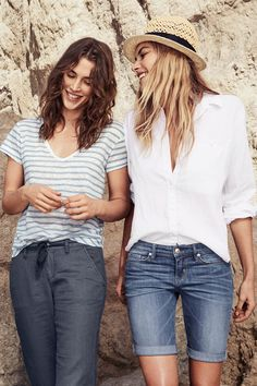 Hit the shore in a soft striped V-neck t-shirt or loose white button-down blouse. We love wearing these on their own or over a bikini!   Warm in H&M