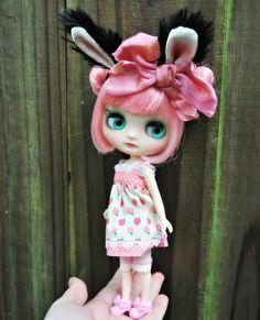 Blythe middie custom bunny by Lawdeda   Flickr – Condivisione di foto!