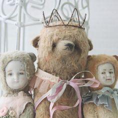 cute middle bear