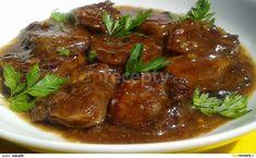 Vepřové jazyky očistíme dáme vařit společně s kořením a zeleninou. Vaříme do měkka v tlakovém hrnci cca 50-60 minut.Mezitím připravíme marinádu... Modern Food, Steak, Food And Drink, Vegetarian, Beef, Kebabs, Petra, Cooking, Health