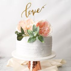 Super Ideas for rustic bridal shower gifts for bride cake toppers Deco Baby Shower, Cute Baby Shower Ideas, Wedding Shower Cakes, Small Wedding Cakes, 1 Tier Wedding Cakes, Floral Wedding Cakes, Floral Cake, Wedding Cake Knife And Server Set, Simple Bridal Shower