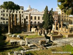 Rovine romane a Largo di Torre Argentina