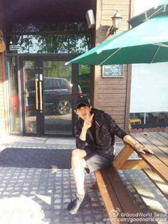 Piknik with chan ^_^ Baekyeol, Chansoo, Chanbaek, Chanyeol Baekhyun, Exo Chanyeol, Rapper, Exo Members, Kpop, Boyfriend Material