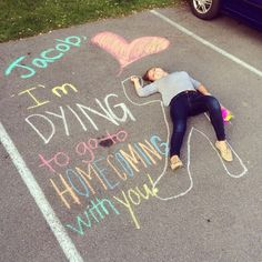 sadie hawkins proposal for a batman lover Cute Homecoming Proposals, Homecoming Ideas, Best Prom Proposals, Homecoming Posters, Homecoming Pictures, Sadies Dance, Sadie Hawkins Dance, Prom Invites, Cute Promposals
