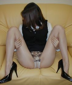 Beg is to have been in hiding too much face of embarrassment but was M-leg in pantyhose figure image (20 sheets)