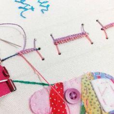 Só um pouquinho do que vem por aí... 😊📍✂ #encadernaçãomanualartística #papelaria #cadernosartesanais #feitoàmão #feitocomcarinho #produtosartesanais #bookbinding #bookbinder #handbooks #stationery #handmade #handcraft #crafts