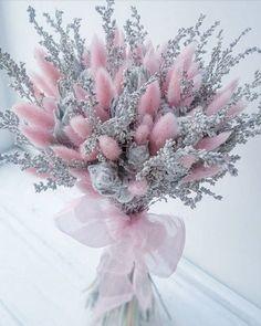Dried Flower Arrangements, Beautiful Flower Arrangements, Most Beautiful Flowers, Pretty Flowers, Small Wedding Bouquets, Flower Bouquet Wedding, Floral Bouquets, Floral Wreath, Flower Box Gift