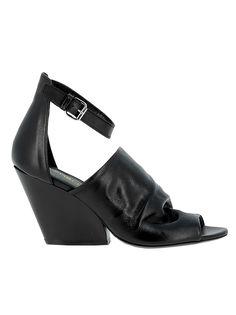 ELENA IACHI | Elena Iachi Elena Iachi Black Leather Sandals #Shoes #Sandals #ELENA IACHI