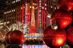 Rockefeller Center, midtown Manhattan Festive Radio City Music Hall by Alex Filatov New York Christmas, Christmas Travel, Holiday Travel, Christmas Photos, Christmas Time, Xmas, Christmas Scenes, Magical Christmas, Christmas Vacation