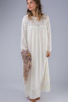 Angel Lace Dress / Prism Boutique