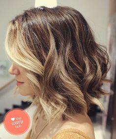 Conheça as tendências de cabelos curtos e médios, por Dani Toledo.   O Trend para essa estação com certeza são os curtos, entre as famosa...