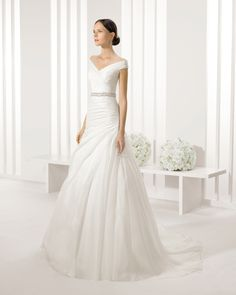 ENA vestido de novia Rosa Clará Two