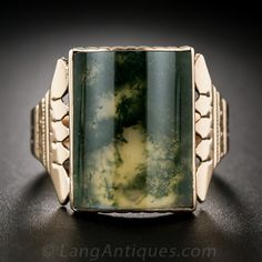 Antique Rose Gold Moss Agate Gent's Ring. Countless forest green dendrites coalesce to form an organic work of abstract art in this unique large-scale gent's ring, rendered in 9K rose gold (thus more than likely of British origin) in this very wearable and striking, Victorian-era conversation piece. Circa latter-19th century
