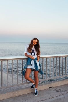 → pinterest || @gaelynhoran beach, sunglasses, cute, outfit inspiration, style, photo inspo, chic