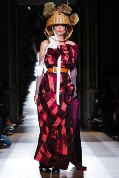 Vivienne Westwood Ready To Wear Spring Summer 2015 Paris. Please like http://www.facebook.com/RagDollMagazine and follow @RagDollMagBlog @priscillacita