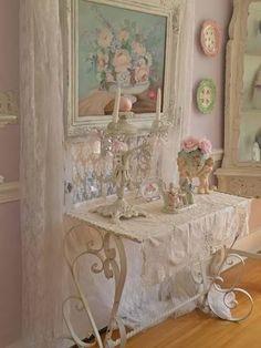 Shabby chic romantic decor