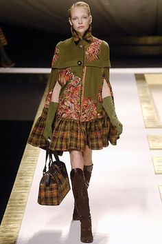 Kenzo Fall 2006 Ready-to-Wear Fashion Show - Britni Stanwood (NATHALIE)