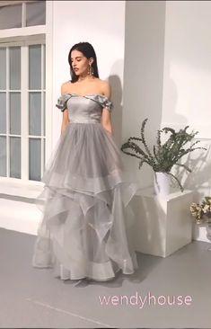 Off the Shoulder Organza Prom Dresses Formal Dresses Wedding Party Dresses Best Formal Dresses, Glam Dresses, Pretty Dresses, Beautiful Dresses, Fashion Dresses, Indian Gowns Dresses, Fashion 2018, Dance Dresses, Pop Fashion