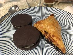 Pancakes, Mom, Breakfast, Ethnic Recipes, Morning Coffee, Pancake, Mothers, Crepes