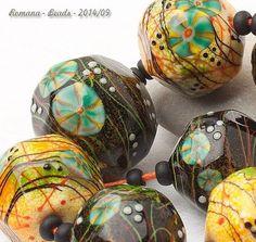 "Artisan Lampwork Beads by Romana - ""Japonica camellia"" #ArtisanLampworkBeads"