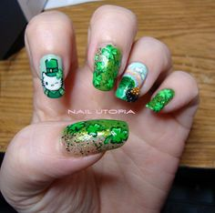 Hand Painted St. Patrick's Day Nail Art Designs by NailUtopia