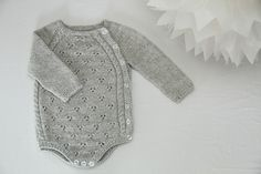 Crochet Patterns Onesie Tiriltunge Newborn Onesie English Pattern by Shja on EtsyRavelry: Tiriltunge Newborn Onesie, Nyfødtbody by Siv Jane AksdalChild Knitting Patterns Tiriltunge new child bodysuit english sample from Shja on Etsy Baby Knitting Pa Baby Knitting Patterns, Baby Clothes Patterns, Knitting For Kids, Hand Knitting, Crochet Patterns, Baby Overall, Newborn Onesies, Baby Onesie, Baby Winter