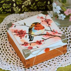 Pudełko drewniane z rudzikiem #wood #box #love #decoupage #christmas @pracownia.malykoziolek #christmasgift #bird #autumn Key Box, Decoupage, Decorative Boxes, Sweet Home, Romantic, Wreaths, Candles, Pillows, Wood