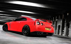 HD Nissan Gtr R35 Wallpapers and Photos | HD Cars Wallpapers