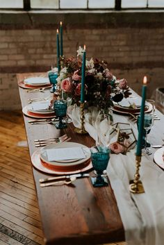 Jewel toned wedding table decoration - teal candles , teal glasses and copper plates #weddingtable #weddingdecor- Jewel toned Wedding Colours { The perfect Autumn Wedding Colurs } Wedding Table Themes, Wedding Table Settings, Teal Wedding Decorations, Copper Wedding Decor, Wedding Reception, Fall Wedding Table Decor, Wedding Stage, Industrial Wedding, Vintage Industrial