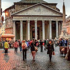 Pantheon ❤ Roma    Fotografia di @carriletblau