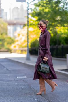 Estilo Olivia Palermo, Olivia Palermo Lookbook, Olivia Palermo Style, Mask Girl, Office Outfits, Work Outfits, Soft Summer, Her Style, Beautiful People